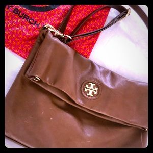 Authentic Tory Burch crossbody bag in chestnut